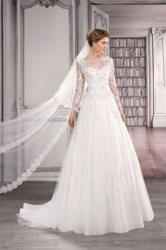 Robe de mariée 17403 par Collector collection 2017