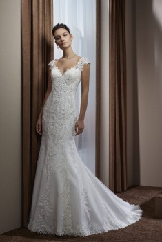 Robe de mariée 182-17 par Divina Sposa collection 2018