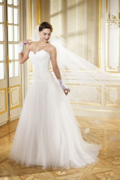 Robe de mariée 184-02 par Collector collection 2018