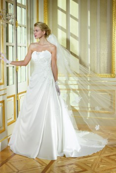 Robe de mariée 184-05 par Collector collection 2018