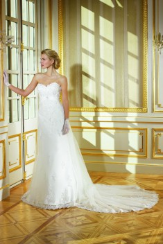 Robe de mariée 184-06 par Collector collection 2018