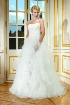 Robe de mariée 184-08 par Collector collection 2018