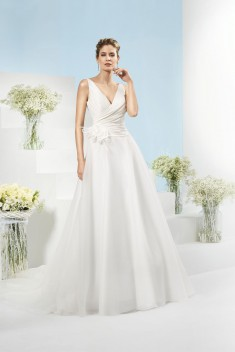 Robe de mariée 185-08 par Just For You collection 2018