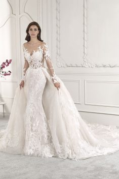 Robe Look 73 par Demetrios collection 2019