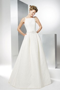 Robe de mariée Arte par Raimon Bundo collection 2017