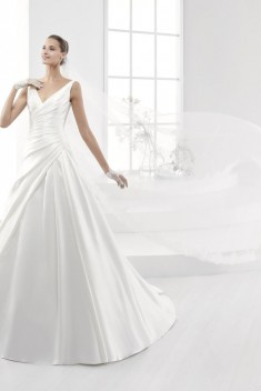 Robe de mariée Look 38 par Nicole Spose collection Aurora 2018