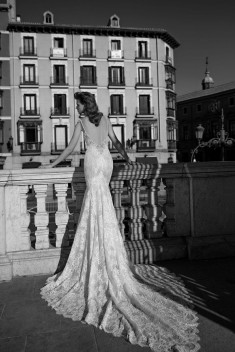 Robe de mariée 1619 par Berta collection 2016