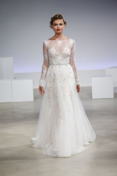 Robe de mariée Claire par Anne Barge collection Fall 2017