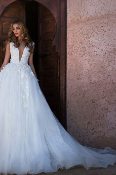 Robe de mariée Djubi par Lorenzo Rossi collection Desert Mistress 2017