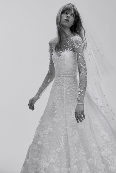 Robe de mariée Look 1 par Elie Saab collection 2017