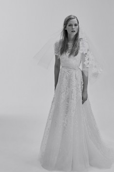 Robe de mariée Look 9 par Elie Saab collection 2017
