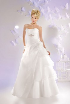 Robe de mariée 165-02 par Just For You collection 2016