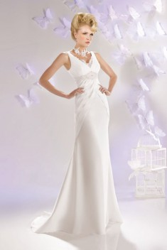 Robe de mariée 165-11 par Just For You collection 2016