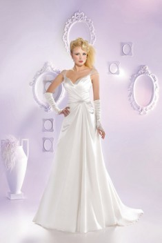 Robe de mariée 165-23 par Just For You collection 2016