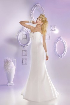 Robe de mariée 165-26 par Just For You collection 2016
