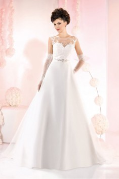 Robe de mariée 165-36 par Just For You collection 2016