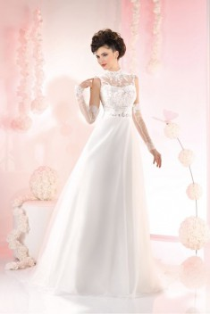 Robe de mariée 165-37 par Just For You collection 2016