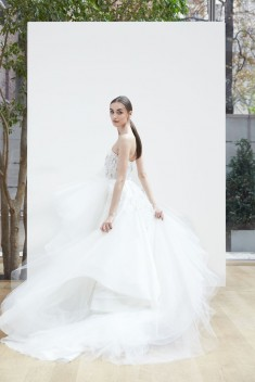 Robe de mariée Laura par Oscar de la Renta collection Spring 2018
