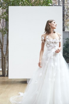 Robe de mariée Linden par Oscar de la Renta collection Spring 2018