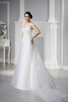 Robe de mariée Basilia par MS Moda collection 2015