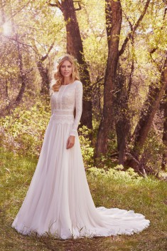 Robe de mariée Deirdre Marie par Maggie Sottero collection Avery