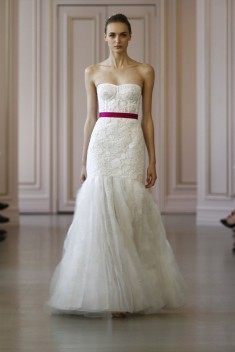 Robe de mariée Look 1  par Oscar de la Renta  collection 2016