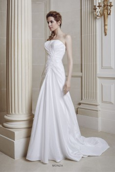Robe de mariée Montpellier par Priam collection 2016