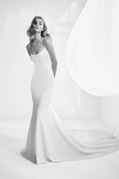 Robe de mariée Rafia par Pronovias collection Atelier Pronovias 2018