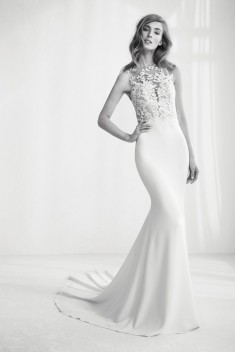 Robe de mariée Raika par Pronovias collection Atelier Pronovias 2018