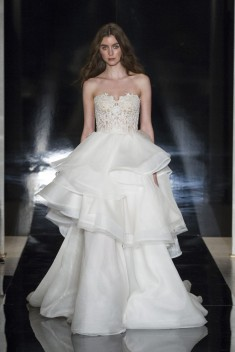 Robe de mariée Chiara par Reem Acra collection 2017