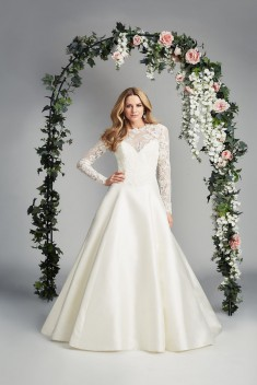 Robe de mariée Serene – Tranquility par Caroline Castigliano collection Love is in the Air 2017