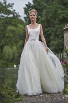 Robe de mariée Nicola par Stéphanie Allin collection 2016