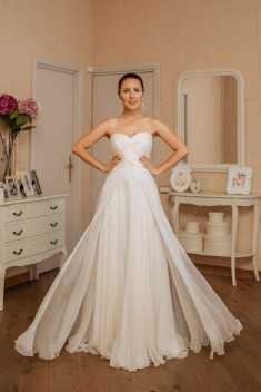Robe de mariée Olga par Veronika Jeanvie collection 2016