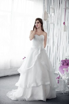 Robe de mariée Diva par White dress collection 2016
