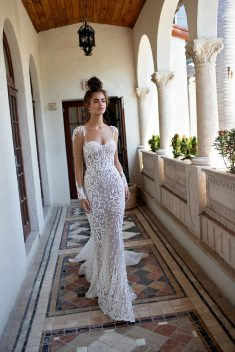 Robe Look 17 par Berta collection miami 2019