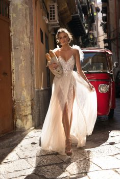 Robe de mariée Blanka par Berta collection Muse 2018 Sicily