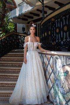 Robe Look 21 par Berta collection miami 2019