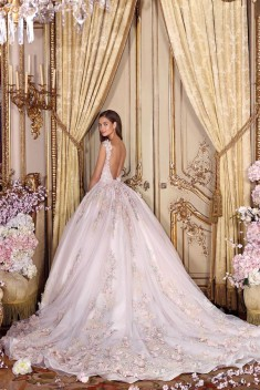 Robe de mariée Look 4 par Demetrios collection Platinum 2018