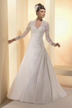 Robe de mariée Fatale  par Sposa Wedding collection 2015