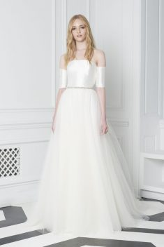 Robe de mariée Look 6 par Monique Lhuillier collection 2018