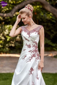 Robe de mariée Nora par Point Mariage collection 2017