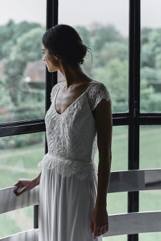 Robe de mariée Stone par Laure de Sagazan collection 2018